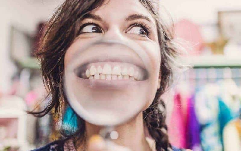 Lady with magnified mouth